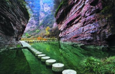 龙潭大峡谷一ballbet贝博网页登录 <山水画廊 峡谷绝品>