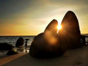 <三椰风海岸双飞五ballbet贝博网页登录>天涯海角 玫瑰谷 西岛 玉带滩 一价全包